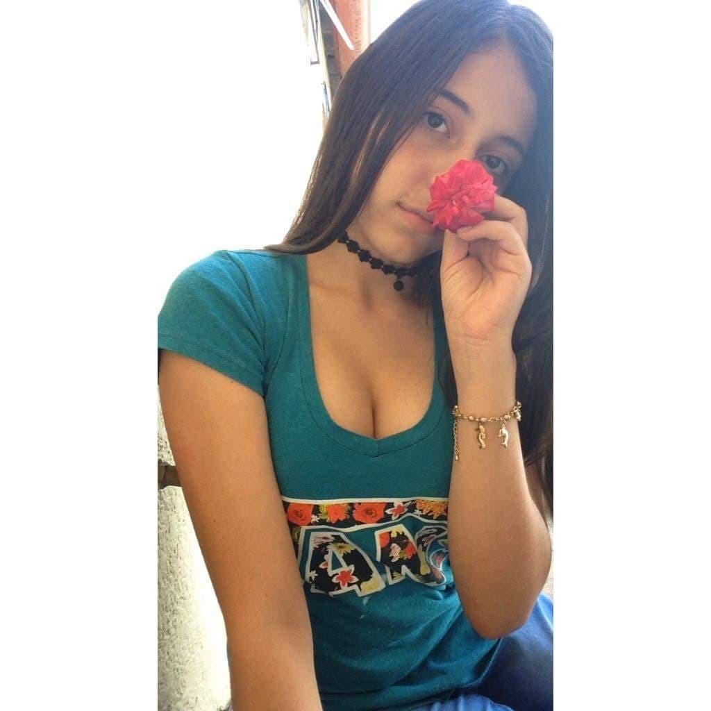 Nelly Salgado ARDIENTE ADOLESCENTE + 06 VIDEOS Nelly Salgado