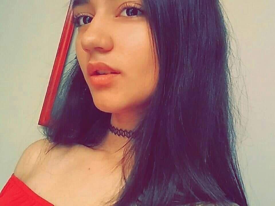 Gabriela Espinoza rica jovencita tetona Gabriela