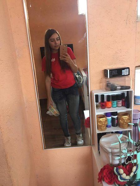 Pack casero de una rica adolescente tetona + VIDEOS Adolescente