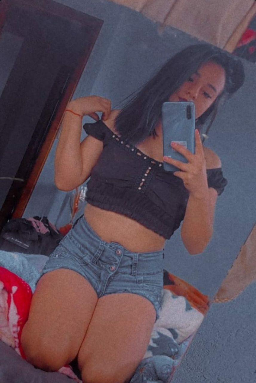 Carolay Nicol ardiente adolescente culona full nudes Adolescente culona
