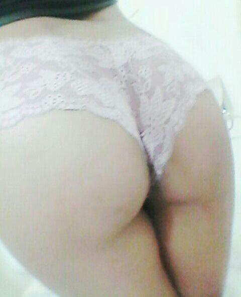 Karla Gabriela chica caliente mostrandose